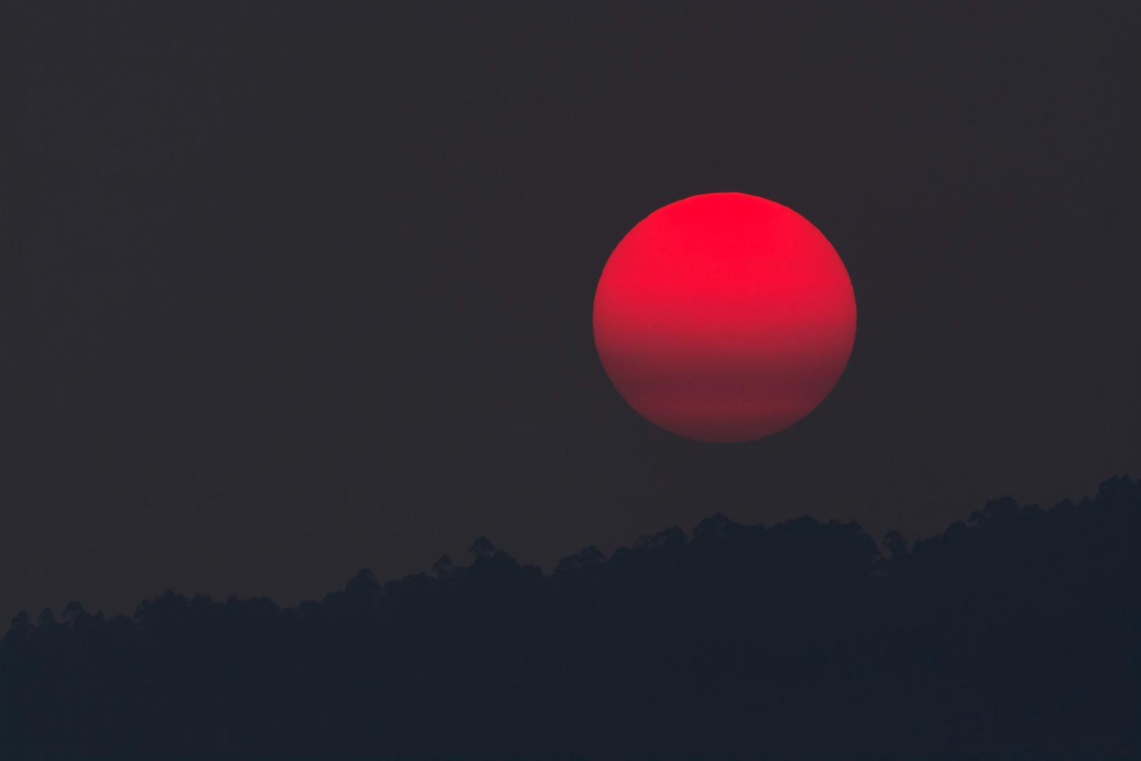 Кровавая Луна жители Чехии увидят самое длинное затмение столетия