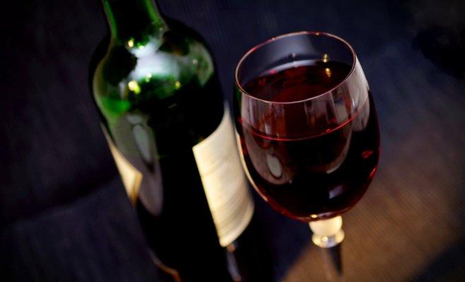 В Евросоюзе подсчитали сколько тратят на алкоголь жители разных стран